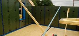 Panneau structurel avec pare-vapeur intégré