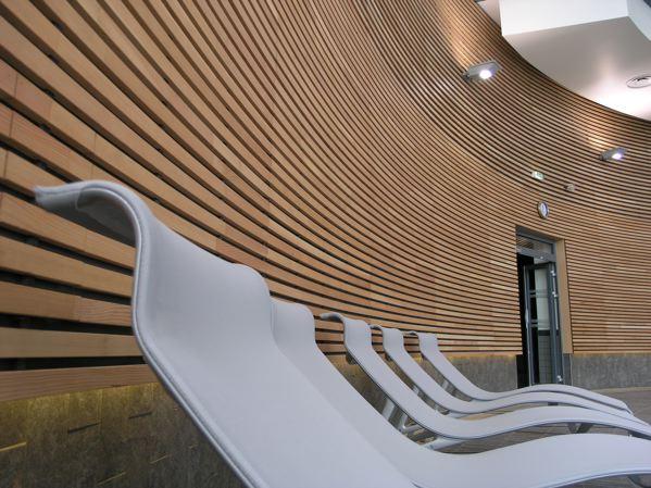 habillage mural bois woodsurfer. Black Bedroom Furniture Sets. Home Design Ideas